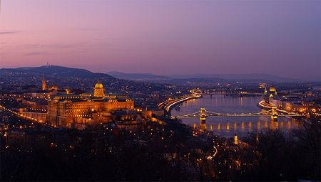 Budapestnight1.jpg