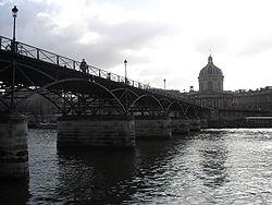 Pont_des_arts_et_institut.jpg