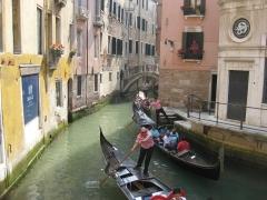 gondoles Venise 2009 006.jpg