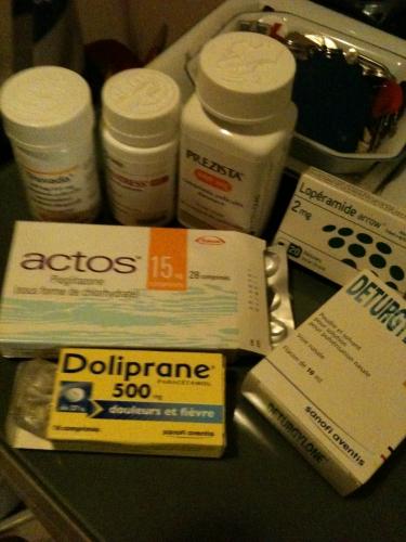 Médicaments.JPG.JPG