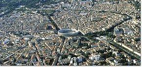 Nîmes Centre_ville.jpg
